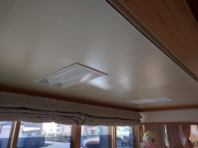 N保育園 乳児室天井直貼り